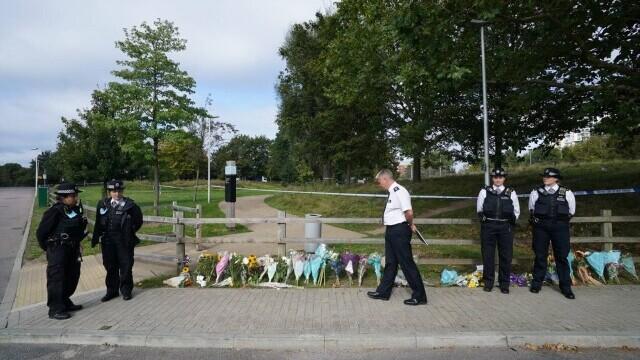 O tânără din Londra a fost ucisă în timp ce se plimba singură pe stradă - Imaginea 3