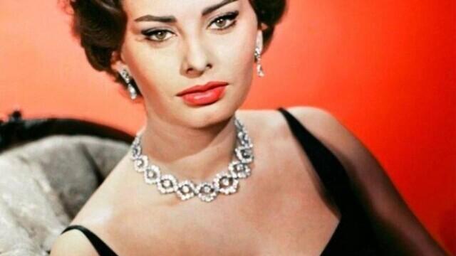 Sophia Loren a împlinit 87 de ani. Cum arată cunoscuta actriță acum. GALERIE FOTO - Imaginea 7