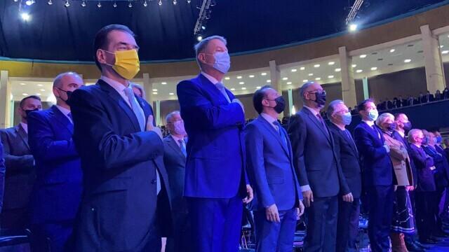 Congresul PNL, filmul evenimentelor: scandal și huiduieli. Cîțu și Orban s-au acuzat de fraudă - Imaginea 12
