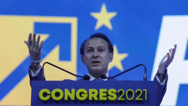 Congresul PNL, filmul evenimentelor: scandal și huiduieli. Cîțu și Orban s-au acuzat de fraudă - Imaginea 13
