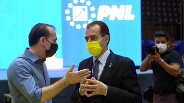 Congresul PNL, filmul evenimentelor: scandal și huiduieli. Cîțu și Orban s-au acuzat de fraudă - Imaginea 18