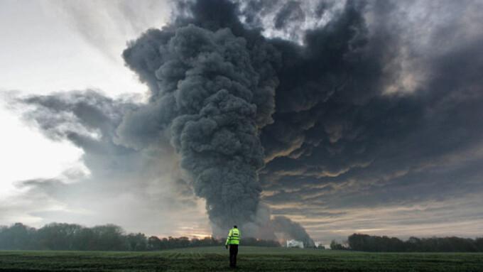Imagini pentru explozie atomica
