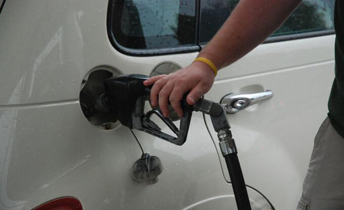 pompa de benzina