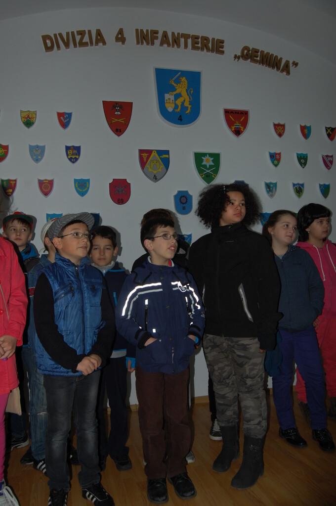 """Ziua Portilor Deschise la comandamentul Diviziei 4 Infanterie """"Gemina"""" din Cluj-Napoca"""