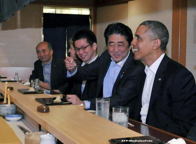 Barack Obama si Shinzo Abe la restaurantul Sukiyabashi Jiro