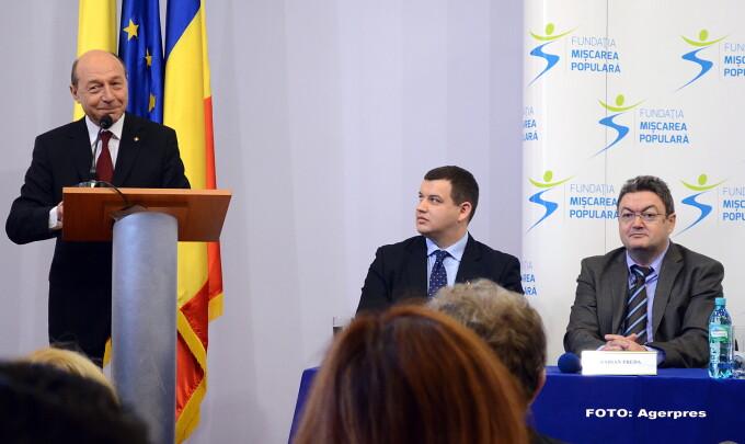 Traian Basescu, Eugen Tomac (centru) - AGERPRES