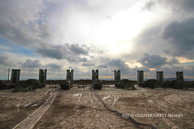 sisteme de rachete S-400 instalate in Crimeea