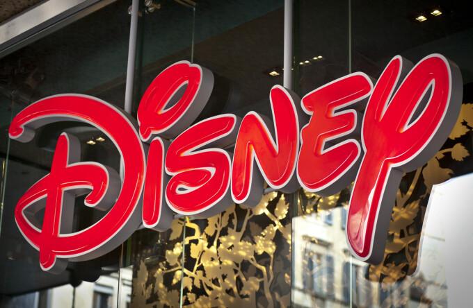 Disney, dată în judecată pentru discriminare