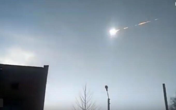 Video cu explozia unui meteorit uriaș, în Siberia