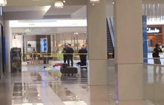 Copil de 5 ani, aruncat de la etajul 3 al unui mall din SUA