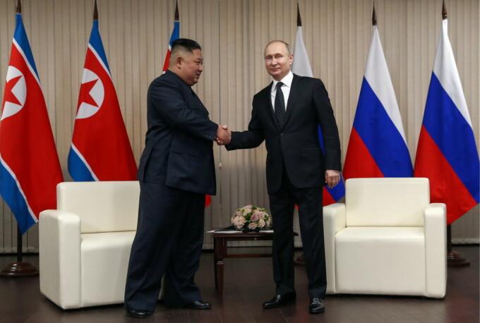 Vladimir Putin și Kim Jong-un s-au întâlnit la Vladivostok