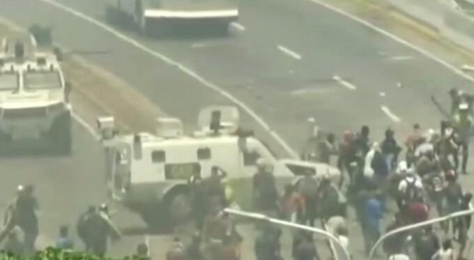 Situație tensionată la Caracas, Venezuela