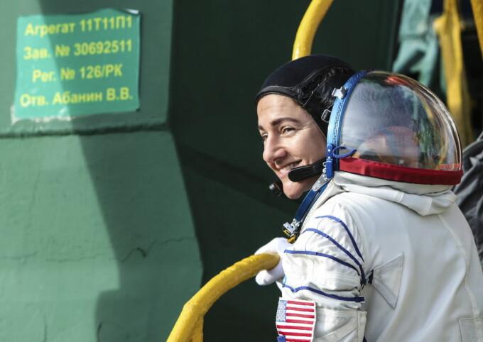 """Mărturia cosmonautului Jessica Meier, care revine din misiune: """"Mi-e teamă că voi fi mai izolată pe Pământ decât pe stația spațială"""""""