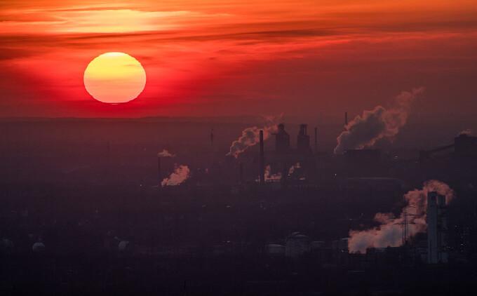 Un bolnav a cărui afecțiune se agravează odată ce temperatura crește a dat statul în judecată pentru încălzirea globală