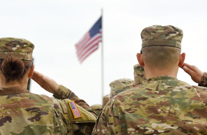 trupe militare