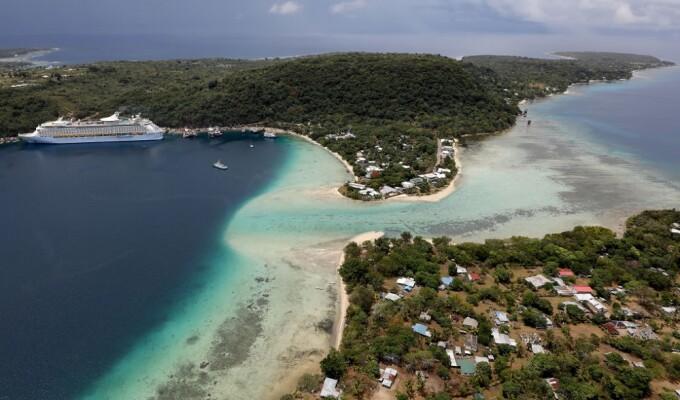 Un cadavru infectat cu Covid-19 a fost adus de valuri pe o plajă din Vanuatu. Decizia autorităților