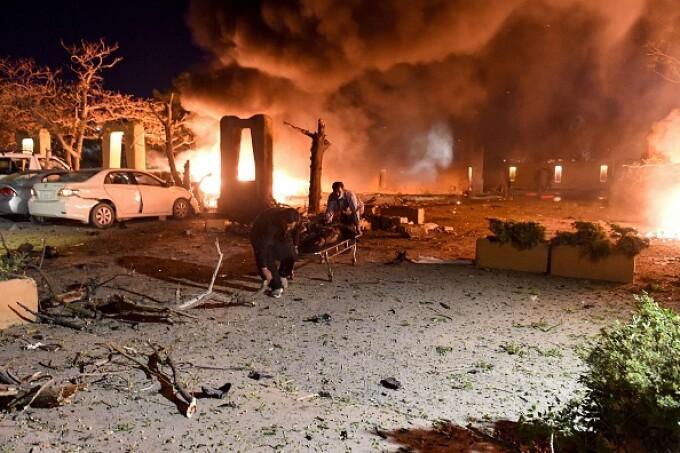 Explozie la un hotel de lux din sud-vestul Pakistanului. Cel puţin trei morţi şi 11 răniţi