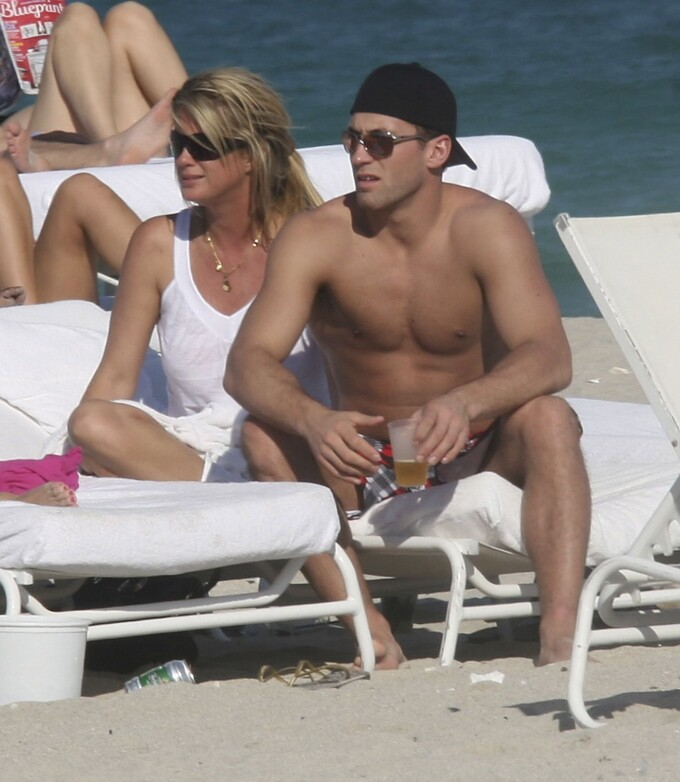 Rachel Hunter şi Jarret Stoll