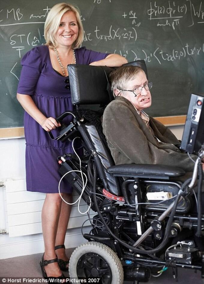 Stephen Hawking, Lucy Hawking