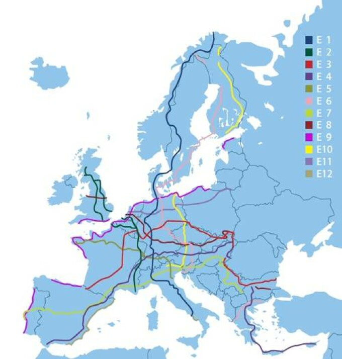 Romania Pe Harta Turismului European La Pas Doua Trasee