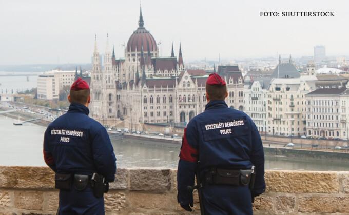 """Képtalálat a következőre: """"politist roman in Budapesta"""""""