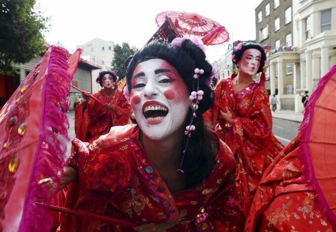 Carnavalul Notting Hill, din Londra, se tine anual, din 1996 si este unul dintre cele mai mari festivaluri din Europa