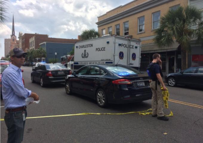 Luare de ostatici în Charleston