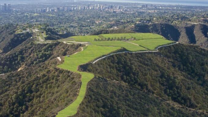 Terenul de pe dealurile Hollywoodului