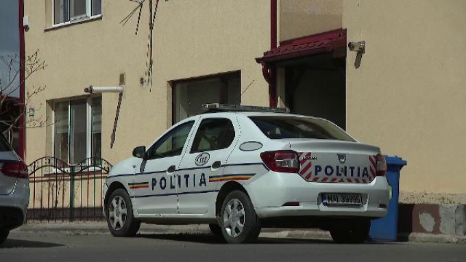 Copil de 7 ani din Vaslui lovit pe trecerea de pietoni de o maşină de poliţie