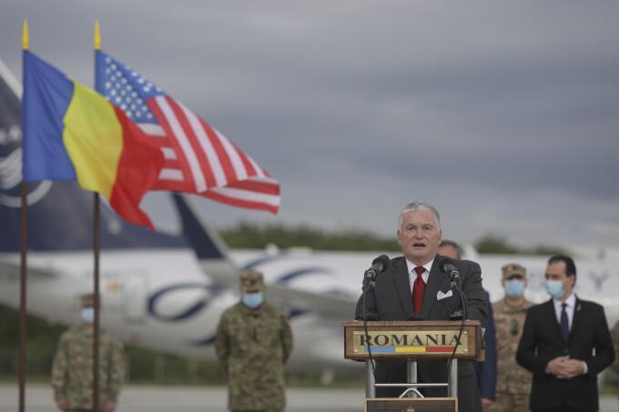 """Zuckerman: """"România va găzdui un număr substanțial de trupe americane suplimentare"""". Ce spune Trump despre țara noastră"""