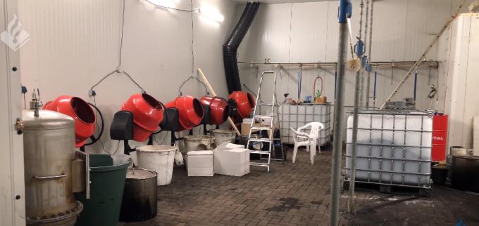 VIDEO. Cel mai mare laborator de cocaină din Olanda. Producea peste 200 kg zilnic