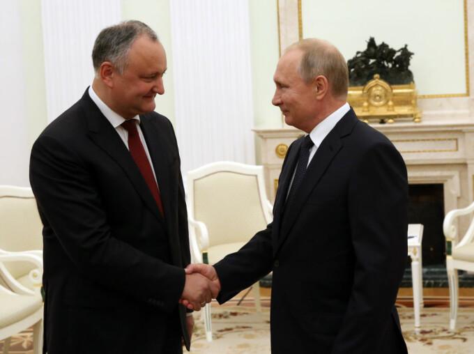 Dodon a anunțat că Republica Moldova va folosi vaccinul lansat de Rusia