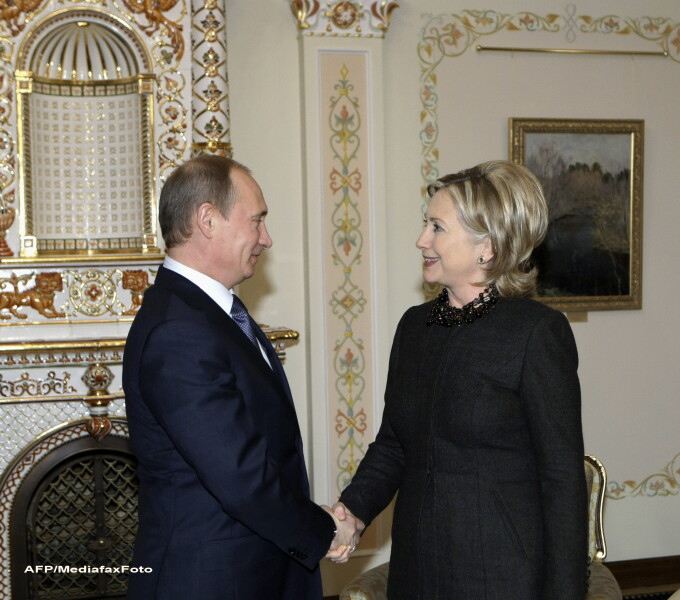 Vladimir Putin si Hillary Clinton