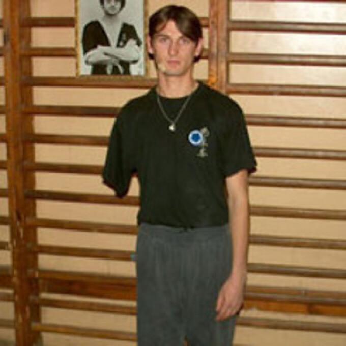 maxim vasile instructor arte martiale fara brat