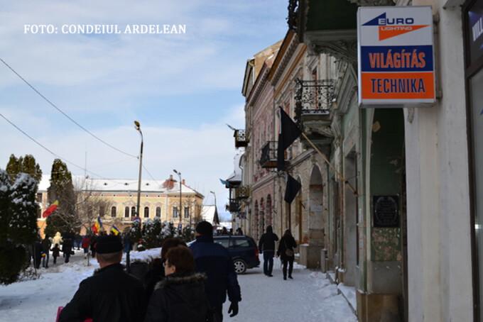steaguri negre in Targu Secuiesc