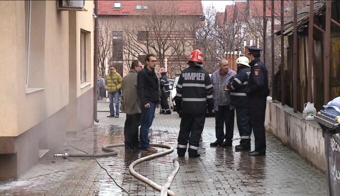 Incediu devastator la subsolul unuei cladiri de pe Calea Turzii din Cluj-Napoca