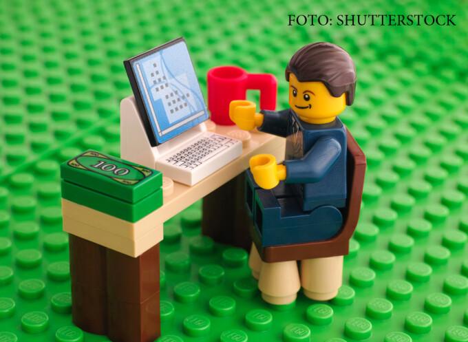 om de afaceri din LEGO