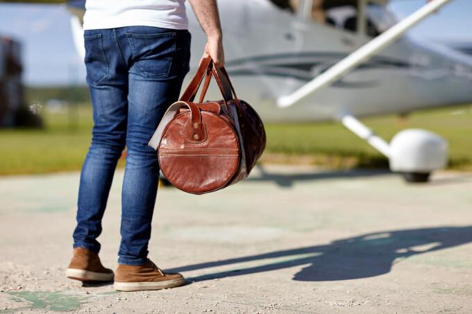 pasager avion - Shutterstock