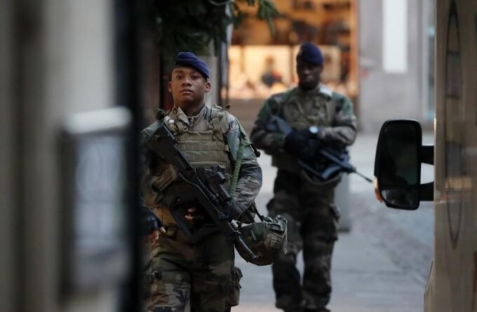 patrula in Strasbourg