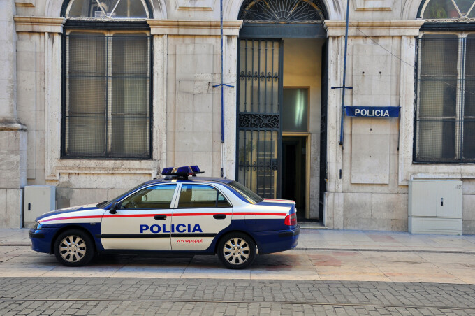 O clădire s-a prăbușit parțial în centrul Lisabonei. Cinci persoane au fost rănite