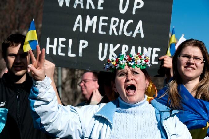 Manifestatie pro-Ucraina, in fata Casei Albe