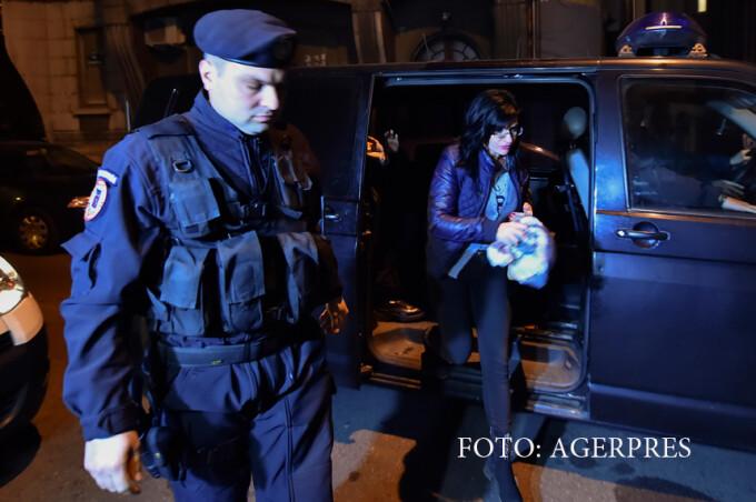 Geanina Terceanu, judecatoare la Tribunalul Bucuresti, este adusa la sediul DNA pentru a fi audiata