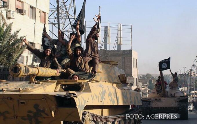 blindate si luptatori islamisti in SIria