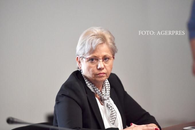 Adriana Petcu, ministru al Apelor si Padurilor