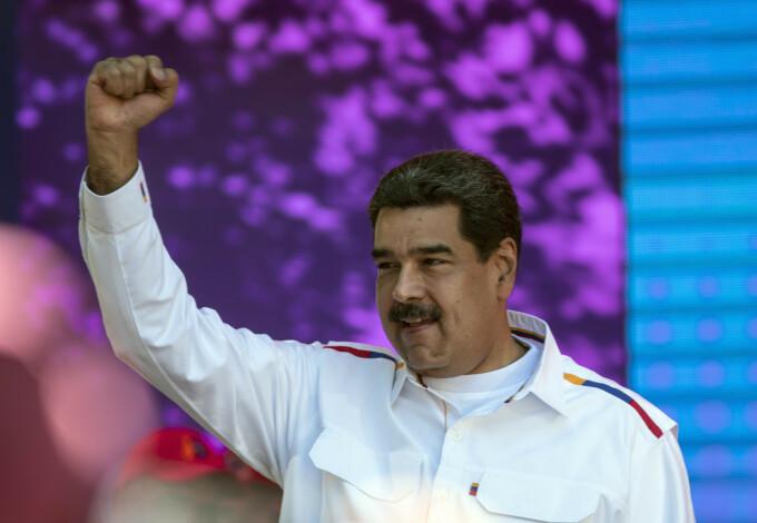 Nicolas Maduro si comandantii armatei din Venezuel