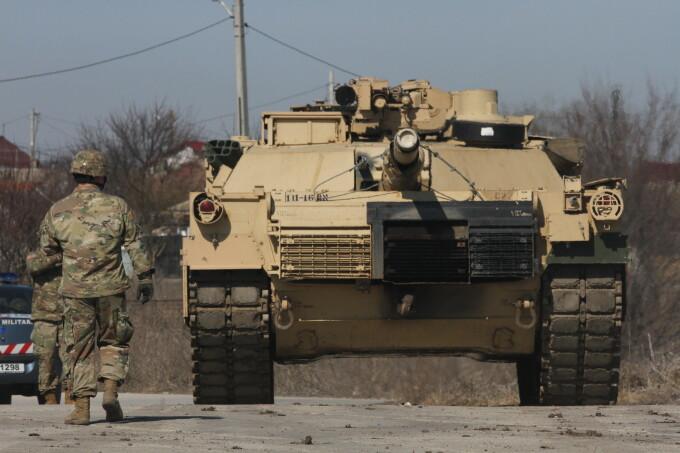 tanc american in Romania