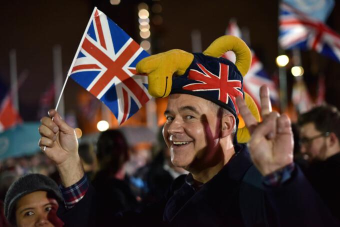 Ce se schimbă după Brexit. Cum pot călătorii românii în UK