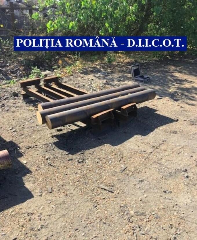 Români prinși că dezmembrau locomotive în Franța și le vindeau la fier vechi - 4