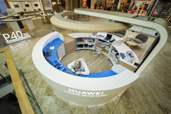 5 motive pentru care să treci pragul noului Huawei Customer Service Center, deschis în Băneasa Shopping City