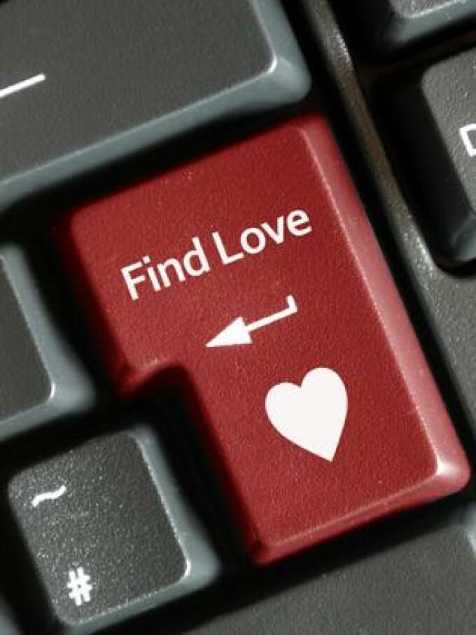 Crearea unui site de dating profitabil)